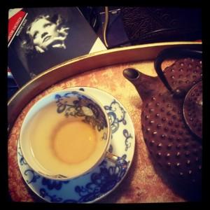 Les jours de pluie... thé et sympathie...