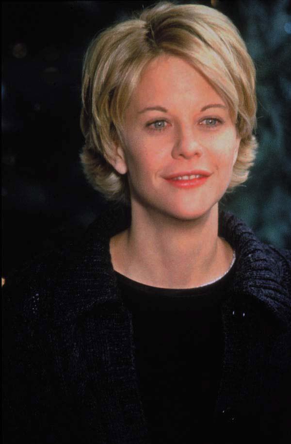 Meg Ryan dans Vous avez un message, 1998, un de ses derniers bons films, avant la chute des Twins Tower et son addiction à la chirurgie esthétique.