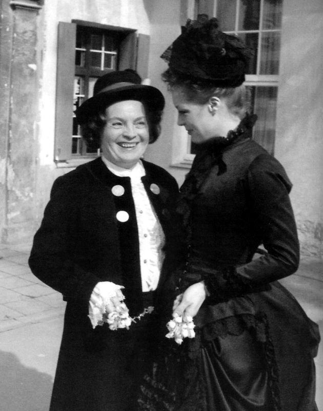Ironie du sort... Romy et sa mère sur le tournage de Ludwig, en 1972. cette fois, Magda ne fait pas partie de la distribution...