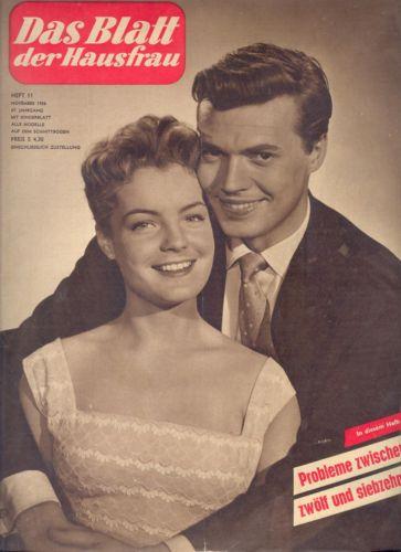 """Un couple de cinéma en vitrine. Romy et Karlheimz Bohm tournèrent 4 films ensemble dont l'insipide """"Kitty et le Grand Monde"""""""