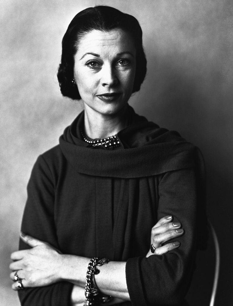 Vivien Leigh dans les années 60 et sans Larry. Lady jusqu'à la fin, Vivien ne cacha jamais son admiration pour Laurence Olivier. Elle meurt de tuberculose en 1963, la maladie des grandes romantiques...