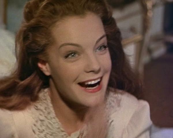 Derrière le sourire d'une princesse en pâmoison, la détermination d'une jeune femme voulant en finir avec les rôles à l'eau de rose. Romy, dans Sissi II, 1956.