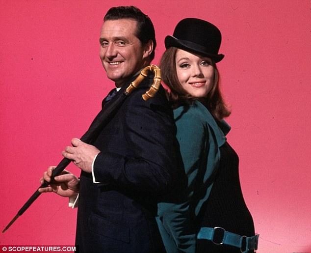 Savoir mener l'enquête avec style et Mrs Peel...